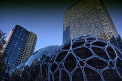 Amazon Biospheres (zenseas : )) Tags: amazon amazonbiospheres biosphere biospheres construction building buildings urban urbanscape city cityscape headquarters seattle downtown moon sky cool washington biodome biodomes blue blues