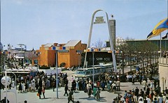 General Foods Arch No. 1, World's Fair, New York City (SwellMap) Tags: postcard vintage retro pc chrome 50s 60s sixties fifties roadside midcentury populuxe atomicage nostalgia americana advertising coldwar suburbia consumer babyboomer kitsch spaceage design style googie architecture