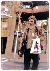 020.jpg (qmoline2) Tags: mendigo boudu carrer calle street rue
