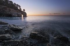 Saint Hernot (Tony N.) Tags: france bretagne finistre crozon sainthernot levierge arche sunrise sea mer rocks rochers bluesky noclouds tonyn tonynunkovics d810 nikkor1635f4 vanguard