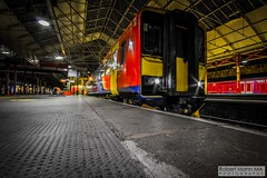 CreweRailStation2016.10.22-1 (Robert Mann MA Photography) Tags: crewerailstation crewestation crewe cheshire station trainstation trainstations train trains railway railways railwaystation railwaystations railstations railstation virgintrains virgintrainspendolino class390 class390pendolino pendolino northern northernrail class323 eastmidlandstrains class153 class350 desiro class350desiro arrivatrainswales class158 towns town towncentre crewetowncentre architecture nightscapes nightscape 2016 autumn saturday 22ndoctober2016 londonmidland
