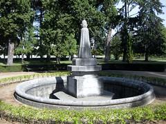 Pardo palace grounds (Shuki Raz) Tags: spain madrid pardo palace franco gardens fountain