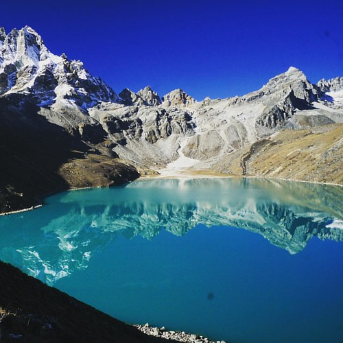 #Gokyo #GokyoLake #reflection #lake #mountains #Nepal #trekking #mountain