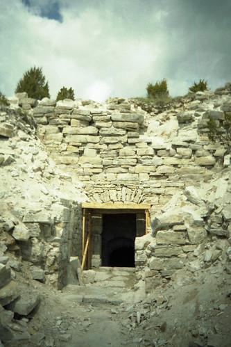 Maasi ordulinnuse varemetes, 2003