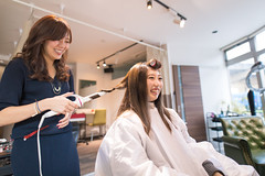 Young woman smiling with owner in hair salon (Apricot Cafe) Tags: img4799 asianethnicity japan japaneseethnicity kimono sigma20mmf14dghsmart tokyo beauty beautysalon celebration ceremony culture enjoy hairsalon happiness oneperson peaceful seijinshiki woman youngadult minatoku tkyto jp