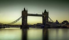 Tower Bridge,before dawn. (Massetti Fabrizio) Tags: londra london england tower bridge towerbridge sunrise dawn cityscape city sun tamigi riverthames thames river phaseone phaseonep40 hasselblad hasselbladcarlzeissdistagon30mmf35