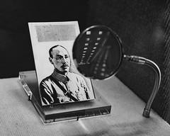 Chiang Kai-shek (Linus Wrn) Tags: asia taiwan taipei chiangkaishek magnifyingglass bw blackandwhite blackwhite museum