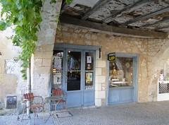La Dordogne (W_Armstro) Tags: travel sea france landscape landscapes frankreich europe lyon cities dordogne villages toulouse towns francia albi ladordogne
