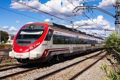 463-204 (Escursso) Tags: barcelona espaa train canon de tren rail railway catalunya sant catalua fost valles 463 renfe campsentelles civia mollet 60d molletdelvalls