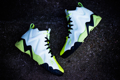 Reebok Kamikaze II Mid – Glow In the Dark Colorway