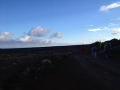 Sendero Playa del cochino 58 (ELPERIODICODELANZAROTE.COM1) Tags: parque del de juan lanzarote playa el alberto manuel antonio len caminata nacional jos sendero reyes golfo lon volcn timanfaya garca prez cochino dniz