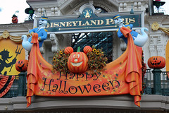Welcome to Main Street USA Halloween! (House Of Secrets Incorporated) Tags: france halloween sign statue pumpkin mainstreet jackolantern ghost banner disney trainstation mickeymouse townsquare disneylandparis mainstreetusa mainstreetstation disneylandpark marnelavallée disneyphotoscavengerhunt halloween2013