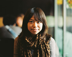 Vicky Wong in Pizzahut, Shanghai (Gin Gong) Tags: film beauty asia pentax medium format portra 67 160