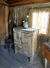 Ice Box (lefeber) Tags: california wood railroad house window kitchen architecture backlight town cabin interior curtain roadtrip worn depot pitcher ruraldecay laws owensvalley icebox