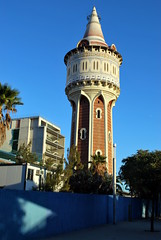 Torre de les Aigues (olenka :)) Tags: barcelona shadow tower architecture spain torre naturallight catalonia espana barceloneta catalunya torredelesaigues nikond60 nikkorafsdx1855mmf3556gvr