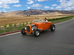 Hot Rod in the Wild (Bob the Real Deal) Tags: ford fresno hotrod modified hamb 1932fordroadster hotrodsfresno rodsonthebluff hotrodcoalition