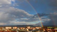 Arco iris en Venta de Baños (__Blanca__) Tags: españa color luz arcoiris cielo nubes nwn palencia castillayleón ventadebaños lluviaysol cuandollueveyhacesolhacelaviejaelrequesón
