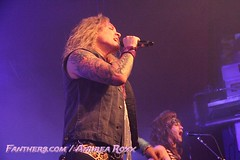 "Steel Panther @ Live Music Hall, Köln • <a style=""font-size:0.8em;"" href=""http://www.flickr.com/photos/35303541@N03/12525308684/"" target=""_blank"">View on Flickr</a>"