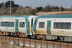 Irish Rail 2813/14 hauling 2722/19 at Rathpeacon. (Fred Dean Jnr) Tags: cork railcar alstom irishrail gec tokyu dmu iarnrodeireann dieselmultipleunit 2719 2722 2813 2814 rathpeacon 2800class february2014