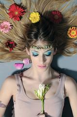 Ophelia (Francesco YAYOBOY Pugliese) Tags: flowers make up fashion hair model decoration young blonde ophelia ascoli piceno