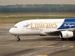 First Base (StefoF) Tags: mxp malpensa aeroporto airport lombardy lombardia airbus a380 la losangelesdodgers airline airliner aereodilinea emirates hellotomorrow ek