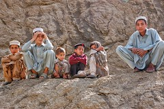 Young boys on the roadside (Peter Gostelow) Tags: pak