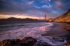 Classic-Golden-Gate (Murphy Osborne Photo) Tags: golden gate bridge san francisco travel sf seascape cityscape beach adventure light sky clouds suspension gg headlands marin california bay ocean sea hour last glow reflection illuminated waves wave water seagull cliff tree rocks