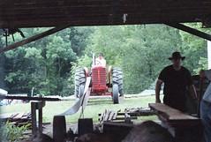 sawmill power (rentavet) Tags: pioneersteamgasenginesocietynwpa saegertownpa nikkormatel kodakhawkeyesurveillancefilm analog