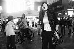 _DSC9350 (Kevin.Beijing) Tags: people human humanity element street streetshot streetshoot streetshooter streetphotography streetphoto streetscene streetview view life streetlife photography snapshot snap shot shoot shooter scene china beijing sanlitun monochrome blackandwhite bw wb black white nocolor