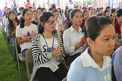 "More than 250 young Cambodians who received a ""Grade A"" on the 2016 National High School Exam visited the Embassy on Sunday for a special event to promote study in the United States. (USEmbassyPhnomPenh) Tags: educational advising material variety us college university book cd resources prepare standardized test english foreign language toefl scholastic assessment sat graduate record exam gre management admissions gmat students internet center colleges universities united states testing cambodian opportunity study educationusa information scholarship government grant institution foundation counseling session service"
