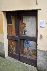 Valloria (101) (Pier Romano) Tags: valloria porte porta dipinta dipinte door doors painted imperia liguria italia italy nikon d5100 paese town dolcedo artisti pittori