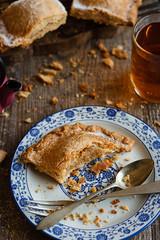 IMG_2614_exp-3 (Helena / Rico sin Azcar) Tags: empanada bizcocho apple pie manzana food postre dessert frutossecos