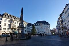 Bonn (mama knipst!) Tags: rathaus obelisk bonn deutschland germany