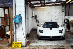 F. (Alex Penfold) Tags: white shot front f coupe zonda pagani supervettura