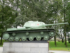 "KV-85 (obekt 239)  (3) • <a style=""font-size:0.8em;"" href=""http://www.flickr.com/photos/81723459@N04/9628086356/"" target=""_blank"">View on Flickr</a>"