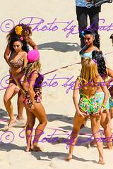 IMG_8509.jpg (Photo by Gas) Tags: cheerleaders beautifulgirls olimpiadi london2012 beachvolley giochiolimpici belculo beautifulass londra2012 beachvolleycheerleaders
