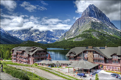 Many Glacier Hotel - Glacier Naitonal Park (helikesto-rec) Tags: park hotel montana glacier glaciernationalpark swiftcurrentlake manyglacier