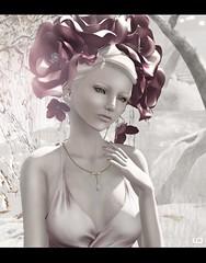 Glam Affair Neva Frost 03 & Tableau Vivant - Snow Queen - flowers