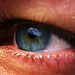 ToePoema: Ojos claros de alma oscura.