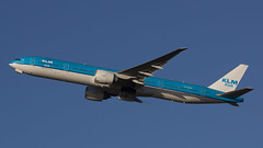 PH-BVB KLM Asia Boeing 777-306ER (wsrdam) Tags: netherlands canon january nederland boeing schiphol 2014 eham planespotting 100400 klmasia 60d vliegtuigspotten phbvb 777306er wimvandesande