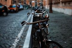 Bike's bell (sensdessusdessous) Tags: roma canon eos bell bokeh centro bikes ii l 5d usm ghetto f28 ef sampietrini storico biciclette 2470mm markiii sfuocato campanello manubri stefaniapascucci