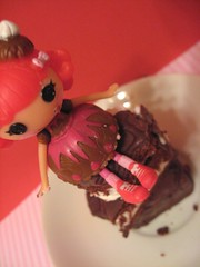 Choco Whirl Swirl I (Kate's Creations) Tags: b red food cake mine dolls day chocolate mini velvet valentines swirl mga choco minis whirl mgae lalaloopsy lalaloopsies {vision}:{sunset}=0513