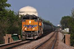 Sunday Morning Whiskey Run (The Mastadon) Tags: road railroad chicago train illinois midwest rail railway trains transportation locomotive railroads chicagoland midwestern