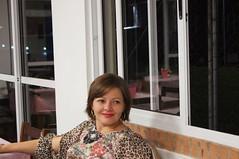 (Rafaela Klamas) Tags: red woman mulher estampa oncinha