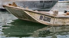Barge  La Tremblade (beatricedrevon) Tags: france charentemaritime chenal reflets poitoucharentes barge ostriculteur latremblade