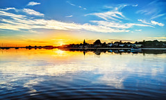 Shuffle to the left... (Solent Poster) Tags: bosham harbour sunset sunrise seascape landscape west sussex uk september 2016
