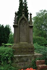 Friedhof Hemmingen 008 (michael.schoof) Tags: friedhof grabmal