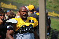 James Harrison (1027jen) Tags: jamesharrison pittsburgh steelers trainingcamp stvincentcollege football