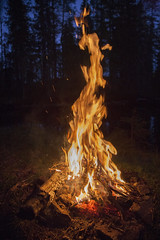 _MG_0391v2 (eriksmoe) Tags: skumsjen gjvik bl campfire norge norway hst
