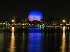 Walt Disney World - Epcot (Patrik S.) Tags: wolken clouds florida sonnig sunny usa walt orlando disney world epcot earth ball kugel space ship